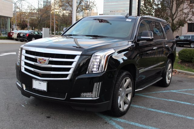 New 2017 Cadillac Escalade Luxury