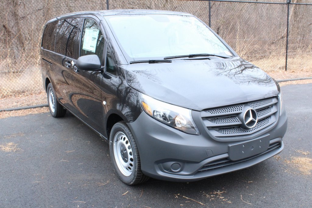 New 2019 Mercedes-Benz Metris Passenger
