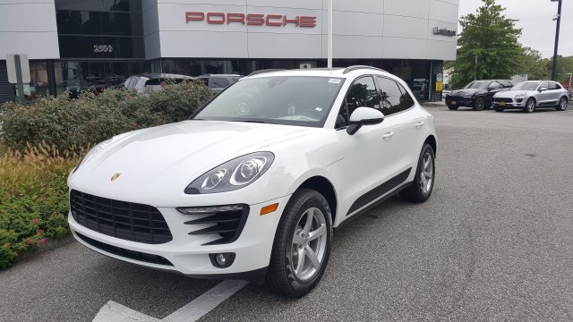 New 2018 porsche macan base 4d sport utility in for Mercedes benz larchmont service