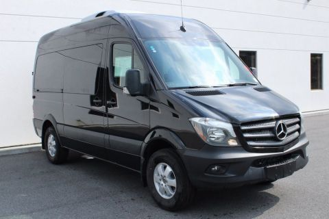 New 2018 Mercedes-Benz Sprinter 2500 Passenger 144 WB